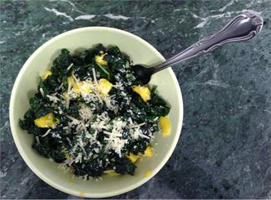 Raw Kale Salad With Mango